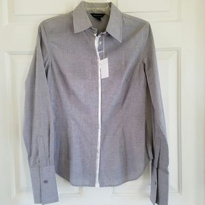 Moda International/ fitted gray button down